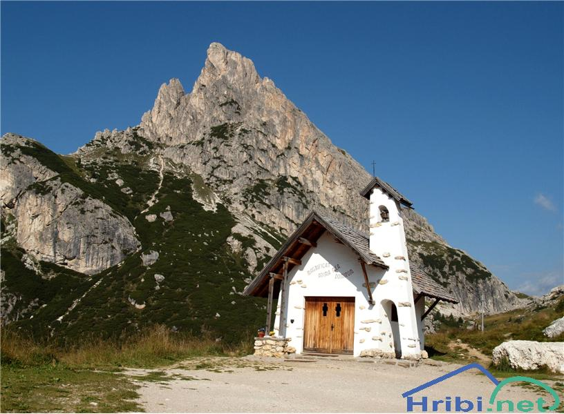 Prelaz Passo di Falzarego, Dolomiti