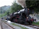 Debela peč, Brda, Lipanski vrh, Mrežcezaradi muzejskega vlaka je redni vlak z Jesenic zamujal