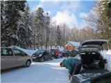 Mali in Veliki Snežnikna parkingu gužva