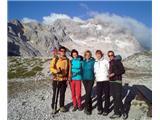 RjavinaAleš-Kerlc, Janja-Alfica, Valerija-Himalaja, Tina in Maja.