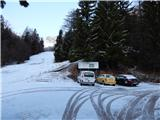 Ljubelj - Koča VrtačaNa Ljubelju le nekaj mm novega snega
