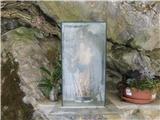 Pasja ravan 1019mTudi tu najdemo nad cesto Marijo z Jezusom