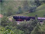 Rodica-Črna prstv dolini je čufarca komaj prisopihala do postaje v Podbrdu in povzročila zastoje na Bohinjski progi