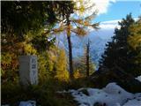 Goli vrh  1787 mnmZeleni vrh do sem gor iz Zg.Jezerskega direkt in moram priznat, da je bila strmina v pravem pomenu   sneg