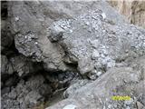 FERRATA SOSAT-Dolomiti di Brentazagozdena skala preko katere gremo na drugo stran grla