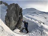 Mali in Veliki Snežnikpri skali