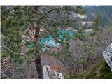 Greben Brezniških pečipogled na jezero v Završnici z grebena