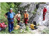 Večji obisk gora, več dela za markaciste...Markacisti PZS Zdravko Bodlaj, Bojan Dolmovič, Cveto Balantič in Boštjan Balantič iz PD Kamnik (foto Manca Čujež).
