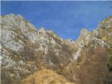Alta via CAI Gemona (greben Lanež - Veliki Karman)pot gre ob manjšem melišču desno