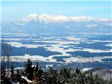 Osolnik 858mlep pogled proti Kamniškim Alpam