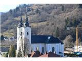 Znamenja (križi in kapelice) na planinskih potehTa prelepa velika cerkev z dvema zvonikoma je cerkev Sv. Martina v Žireh.