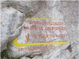 Kamnik ( 861m )Že z Homa, mimo plezališča...