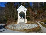 Znamenja (križi in kapelice) na planinskih potehKapela na  poti nazaj v Izlake.
