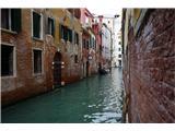 SU E ZO - gori doli po mostovih Benetk… in še eden