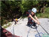 Velika planinaNavihan pogled simpatičnega plezalca