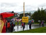 Planina pri Sevnici-Sv. Križ-730mSpustili smo se v naselje Planino-dežju nismo ušli, ampak se ne damo.