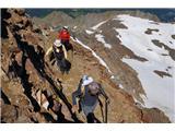 Mont Blanc / Monte BiancoVzpenjamo se po neprijaznem grebenu, a po lepi potki