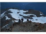 Mont Blanc / Monte BiancoPo obilnem zajtrku zapustimo kočo in se začnemo spuščati proti dolini