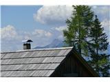 Trupejevo poldne - Vošcanad streho se vidi Dobrač