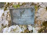 Gorska obeležja NOBNe vem , če sem kdaj posnel ta pomnik pod planino Lipanco.