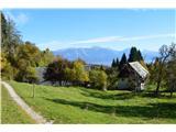 Slovenske planine v vseh letnih časihMimo dvah opuščenih visokogorskih kmetij.
