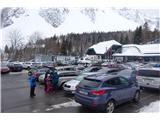Prelaz Ljubelj (koča)in ob 12i uri je bilo parkirišče polno. Težave s parkiranjem  :(