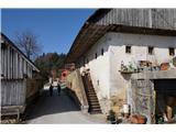Puštalski krogPrastara domačija, ena lepših in še vedno naseljena