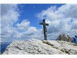 Znamenja (križi in kapelice) na planinskih potehKriž na vrhu gore Croda Fiscalina di Mezzo.