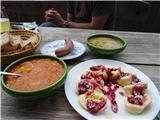 Povna pečOdlična hrana pri koči na Ljubelju