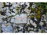 Razgledišče pod Srnjakom nad Logatcem-919mSpomin na italijanske vojake.