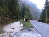 Prečenje Trentski Pelc - Srebrnjakzačetek stare vojaške ceste za Berebico in Staro Utro ob reki Soči pod vasjo Na Logu
