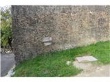 Stene Sočerge -Kraški rob,spodmoli,naravni most, Lačna, Hrastovlje  Na Lačno.