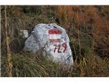 Alta via CAI Gemona (greben Lanež - Veliki Karman)Jeseni so trave visoke in marsikatera markacija je prikrita očem