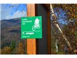 Po poti Cvetja v jeseniPo tej trasi poti poteka tudi kolesarska pot.