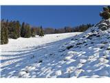 Kriška goraTrenutno je varno, ker ni preveč snega.