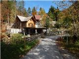 podljubelj_pod_kosuto - Jezero pri Čežov