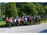 Ferata HvadnikFeratarji-ostali so šli po označenih stezicah na Srednji vrh.