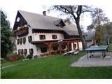 Kojca (1303m)Turistična kmetija v vasi.